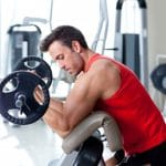 man biceps trainen